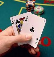 La mejor jugada en blackjack es sumar 21 con una figura y un as