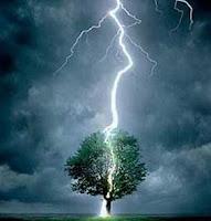 Cómo se generan los rayos durante una tormenta