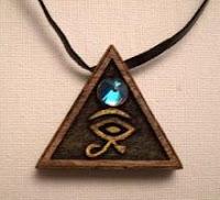 Amuletos de piedras preciosas y semipreciosas