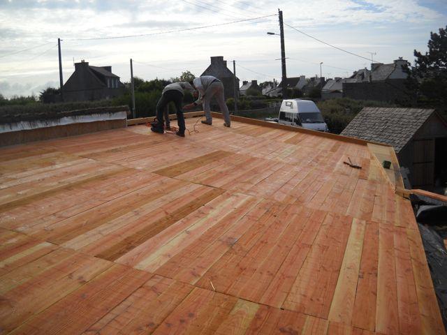 maison paille embruns d 39 herbe le toit lame d 39 air et voligeage. Black Bedroom Furniture Sets. Home Design Ideas