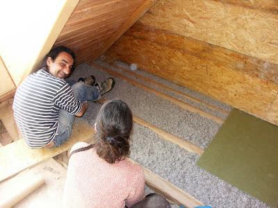 maison paille embruns d 39 herbe isolation acoustique du plancher. Black Bedroom Furniture Sets. Home Design Ideas