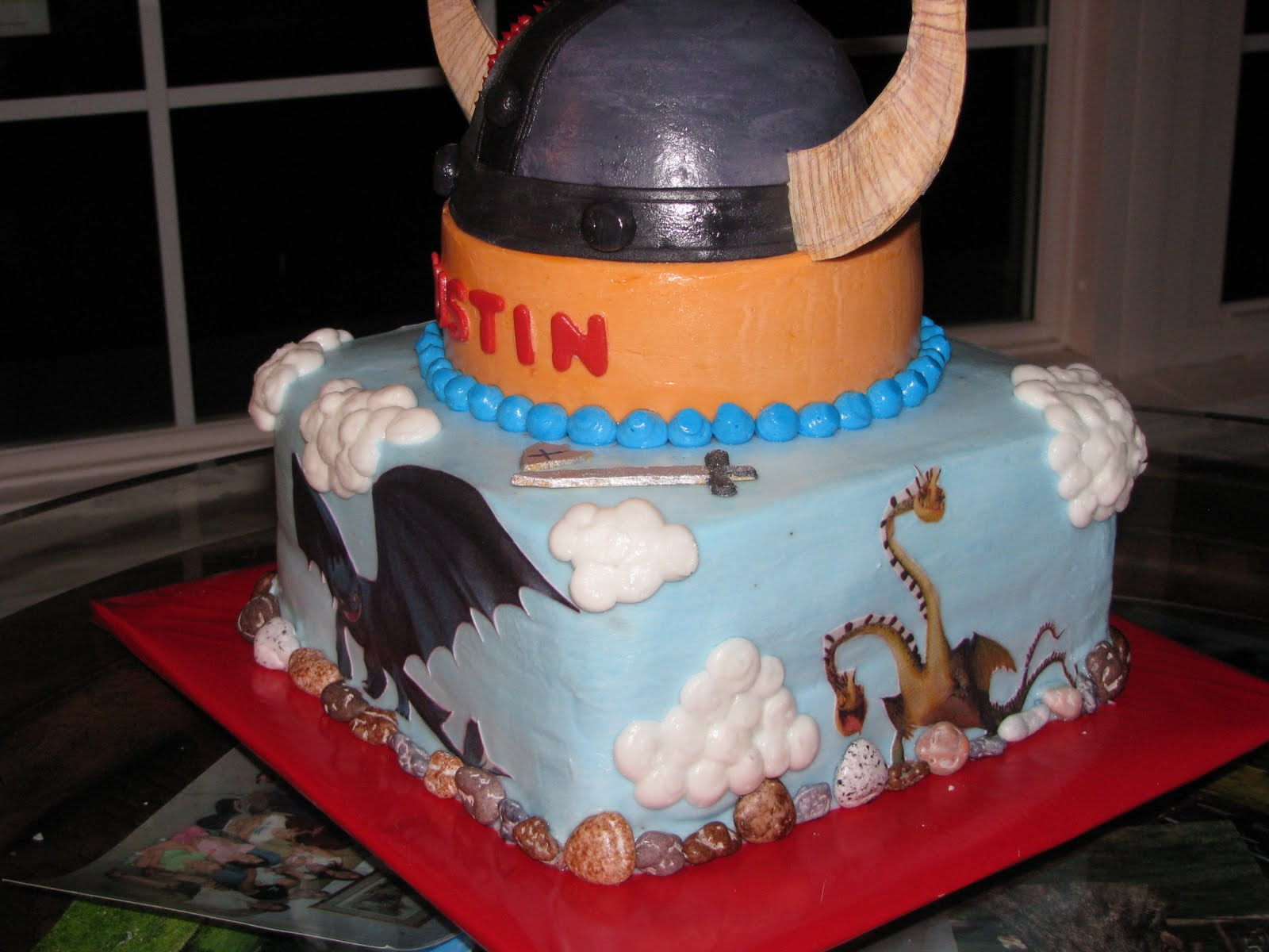 Love Quot Eden Quot Cake How To Train Your Dragon Cake