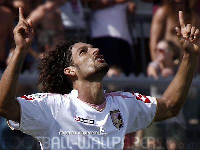 Amauri Carvalho football player