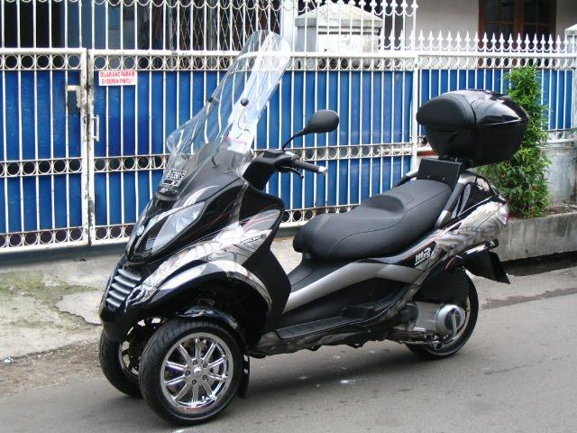 car modification: mo jual piaggio mp3 nih
