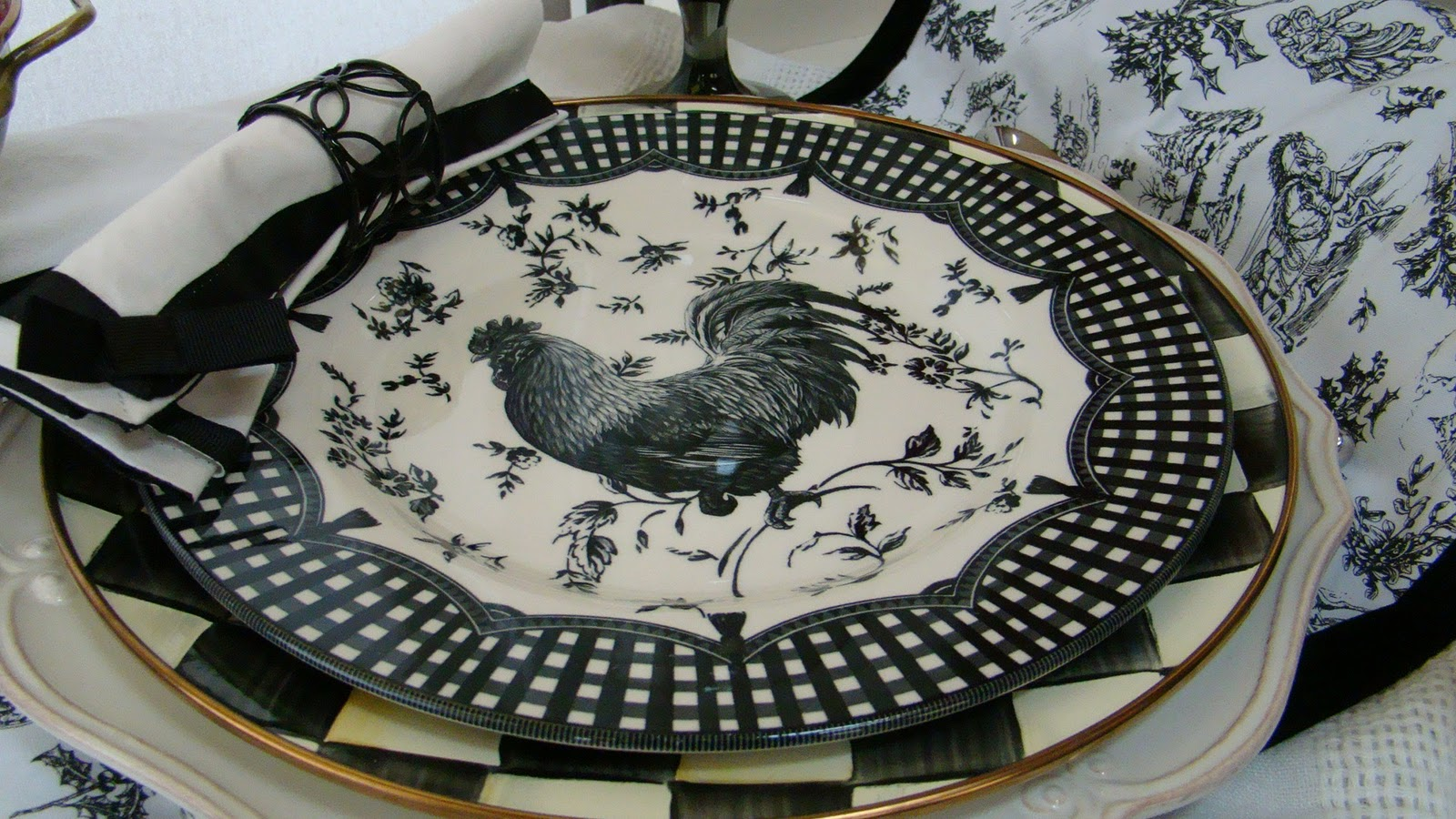 It tells me what is popular and these rooster plates with MacKenzie-Childs chargers are very popular. The plates have a wonderful scalloped design with ... & I Found More Rooster Plates - Mountain Breaths