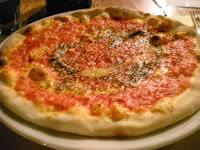 la foto della pizza antica napoli troppo piccante