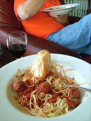 Spaghetti Day 28: Spaghetti & Bison Meatballs
