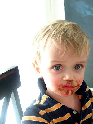 Hugo+Chocolate+Face Day 24: Ravioli and Chocolate Cupcakes