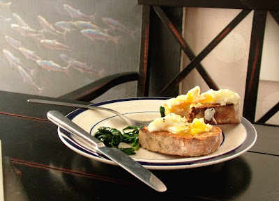 Sue%27s+eggs+%26+toast Day 48: Poached Eggs on Toast and Sautéed Spinach with Garlic