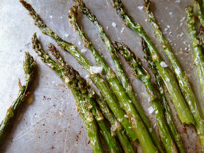 how to cook salmon in the oven with asparagus
