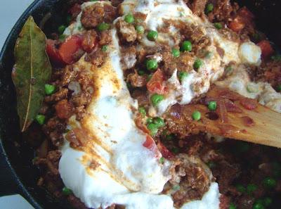 Lamb+%26+Peas+3 Day 105: Ground Lamb with Peas and Yogurt (Keema Matar)