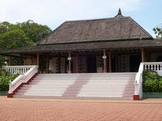 Masjid Mantingan (1559)