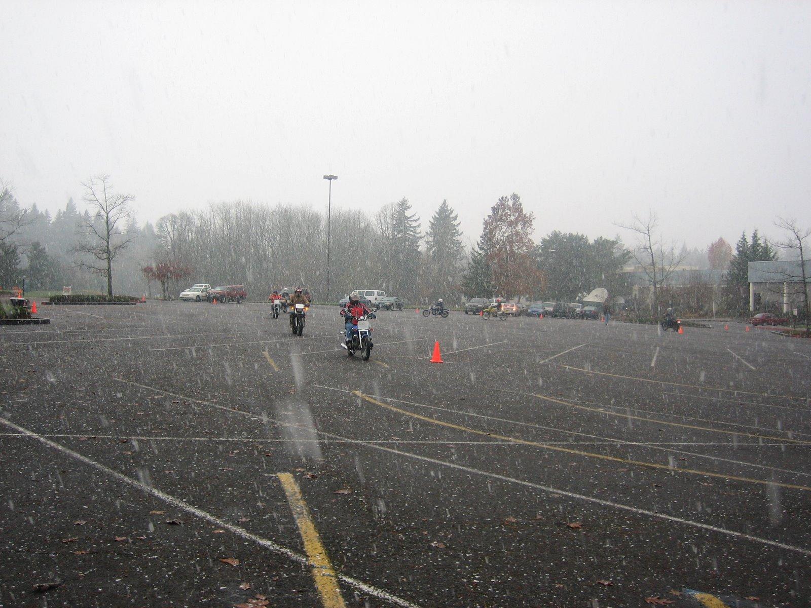 [Snow+bike+2]
