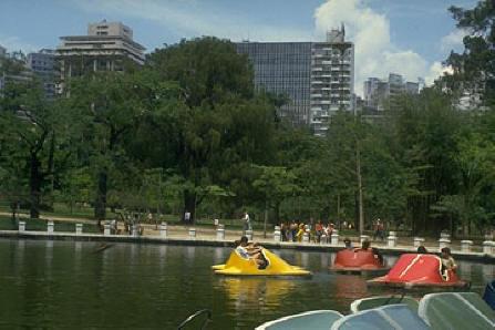 * Parque Municipal *
