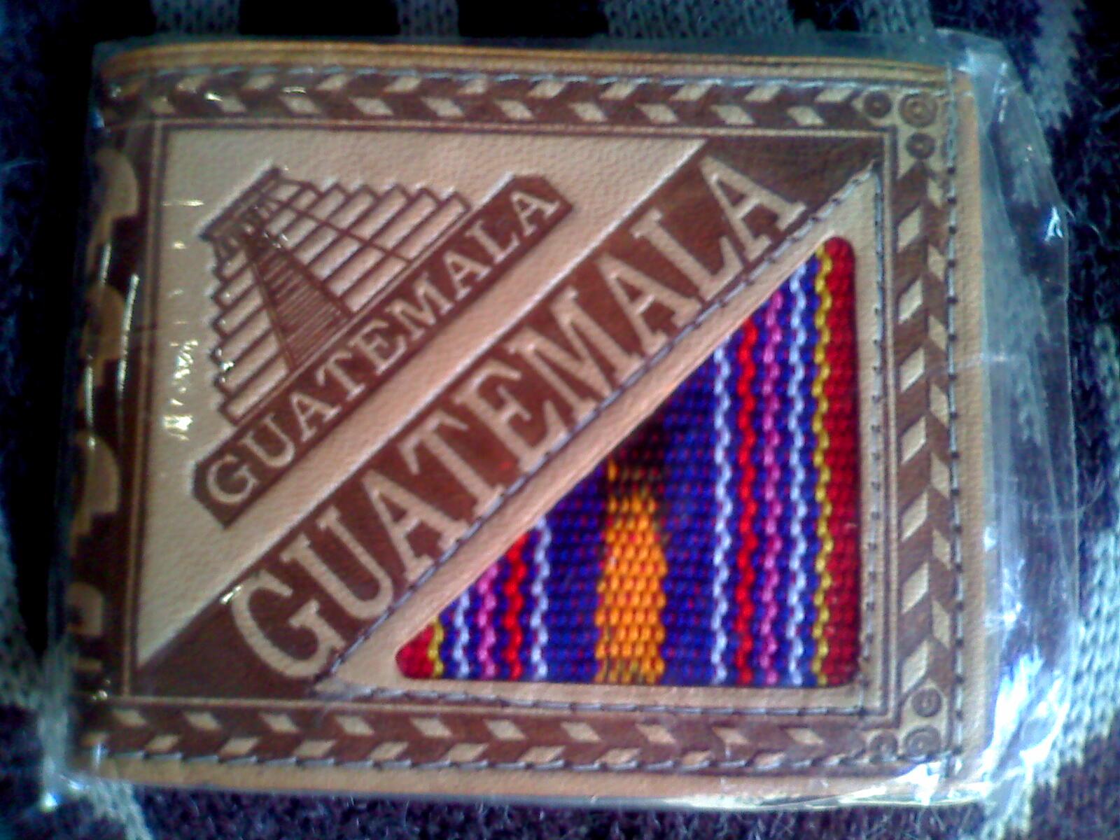 58672b042 Billetera con grabacion de Guatemala