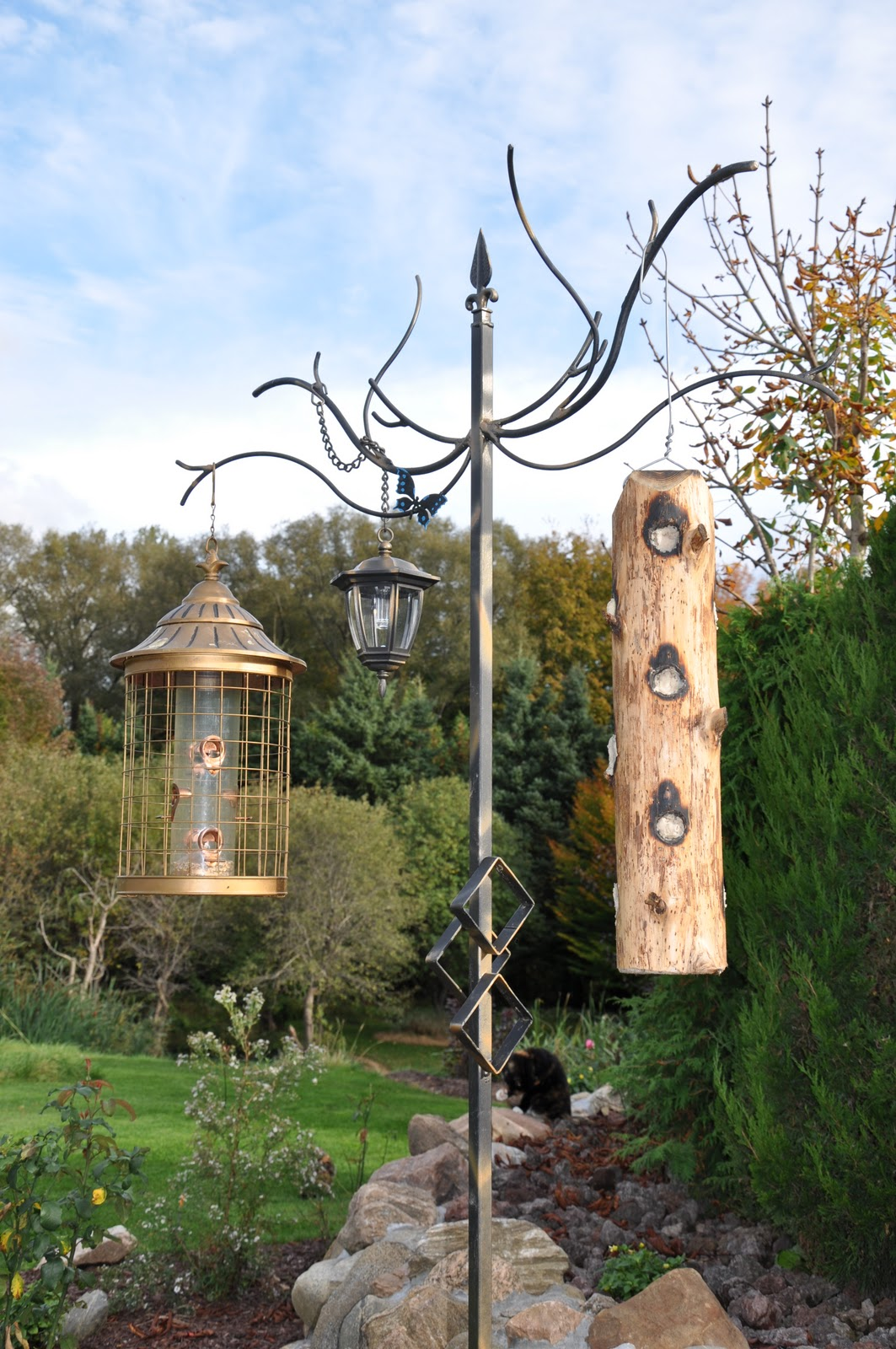 Michael W Designs The Majestic Tree Bird Feeder Stand