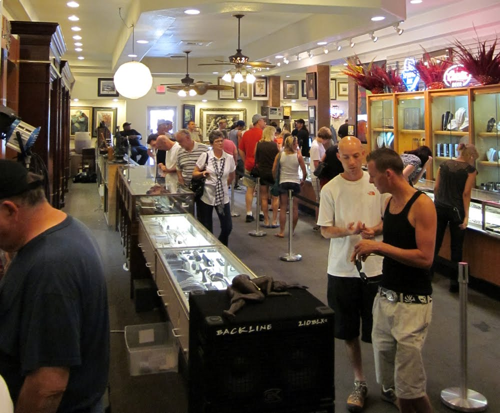 Pawn Stars Shop