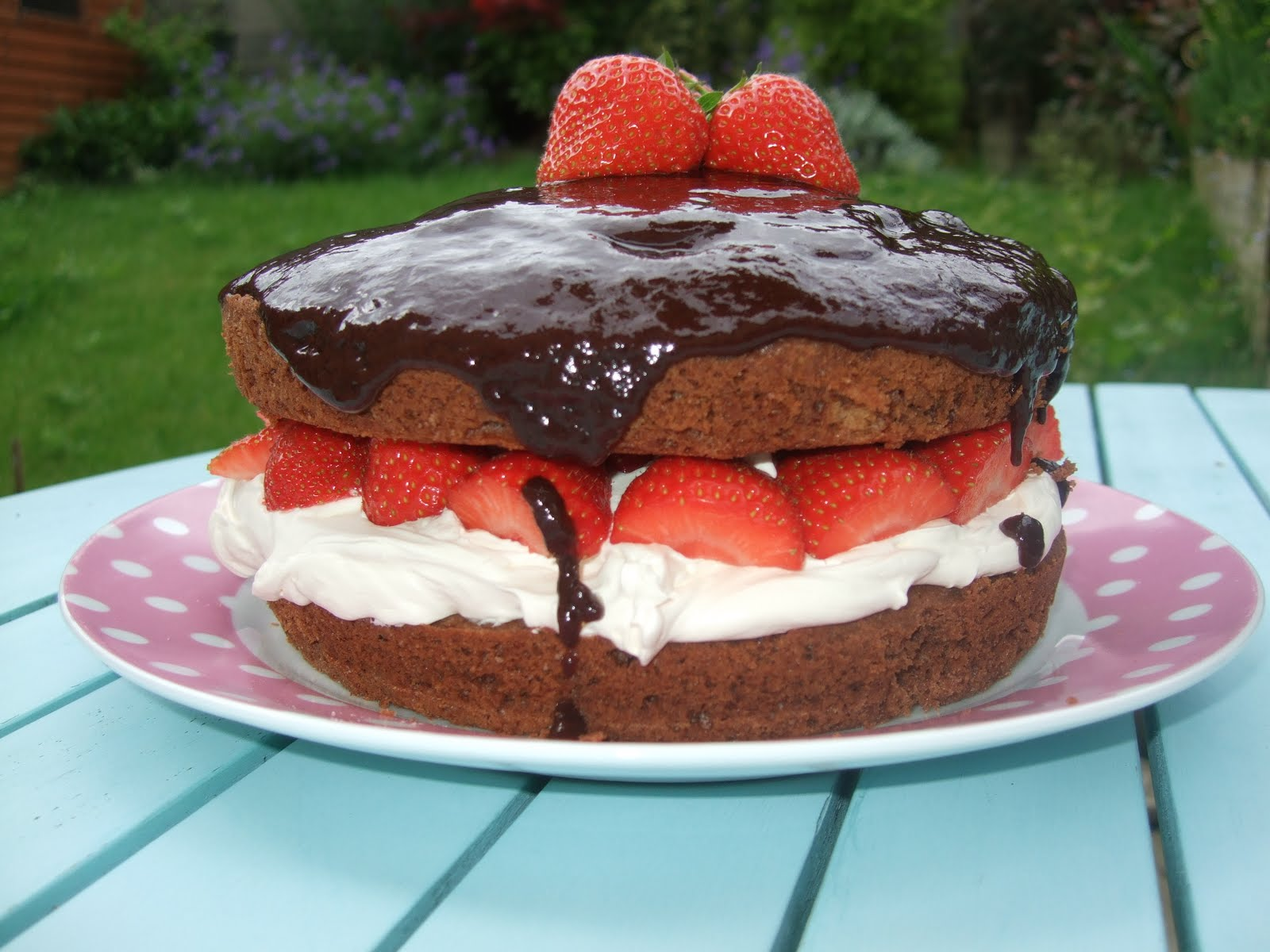 Strawberry Cake Recipe Jamie Oliver: Jamie Olivers Sponge Cake Ideas And Designs