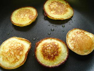 Resep Adonan Pancake Lembut Enak Susu Baking Powder Sederhana Tanpa Durian Coklat Pisang