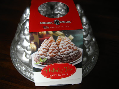 Home Cooking In Montana Nordic Ware Christmas Tree Bundt