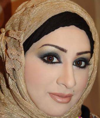 طرق رائعة للف الحجاب Simply+pretty+3