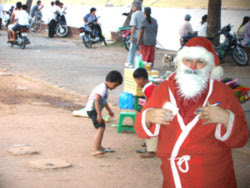 Real Santa in Cambodia was almost surreal