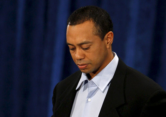 Tiger Woods pide perdon...
