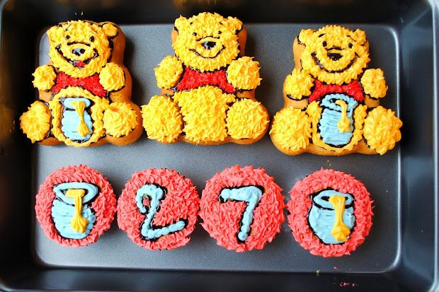 Eyed Girl Pooh Cupcakes