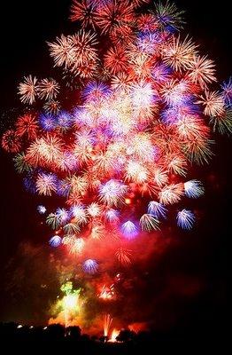 [fireworks-show-26.jpg]