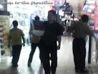 Ngelabrak di Manggadua Mall