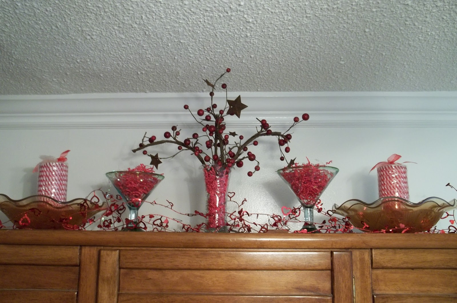 Red Vignette and Valentine Garland - Simply Sweet Home