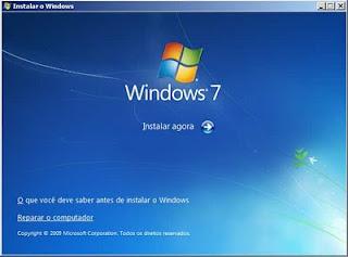 Tela inicial após carregar com o DVD do Windows 7