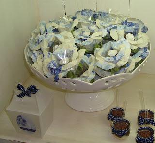 18 Azul & Branco