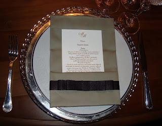 5 Detalhes de uma mesa AMARELA...!