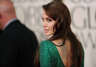 3 Angelina Jolie no Golden Globe Awards!