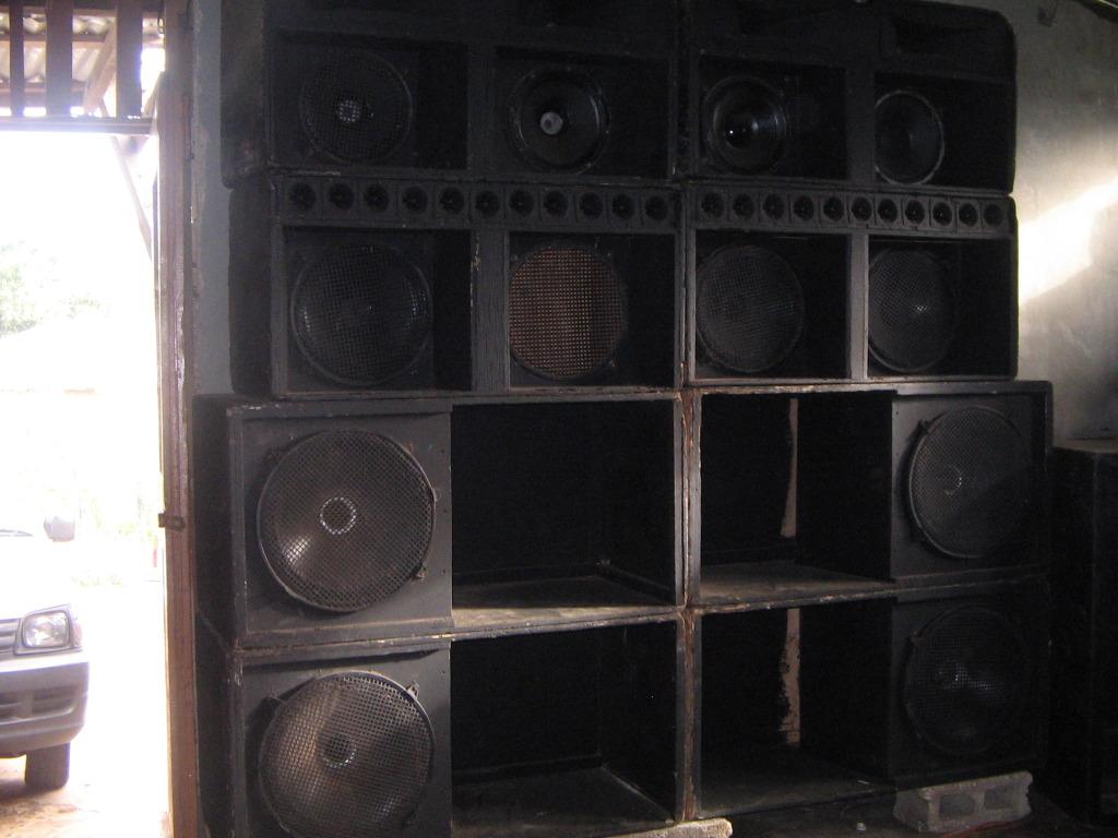Jamaican Sound System ...