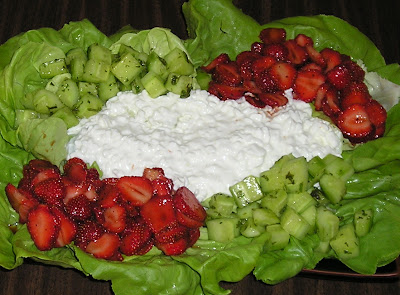 Balsamic Strawberries & Lime-Minted Cucumbers with Cottage Cheese Salad
