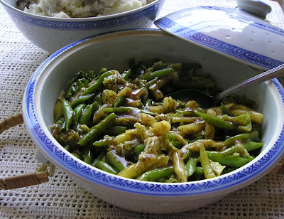 Green Beans and Cabbage Scandia (in a dill sauce)