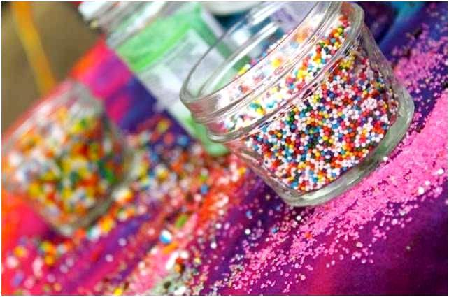 A Colorful Rainbow Art Birthday Party - BirdsParty.com