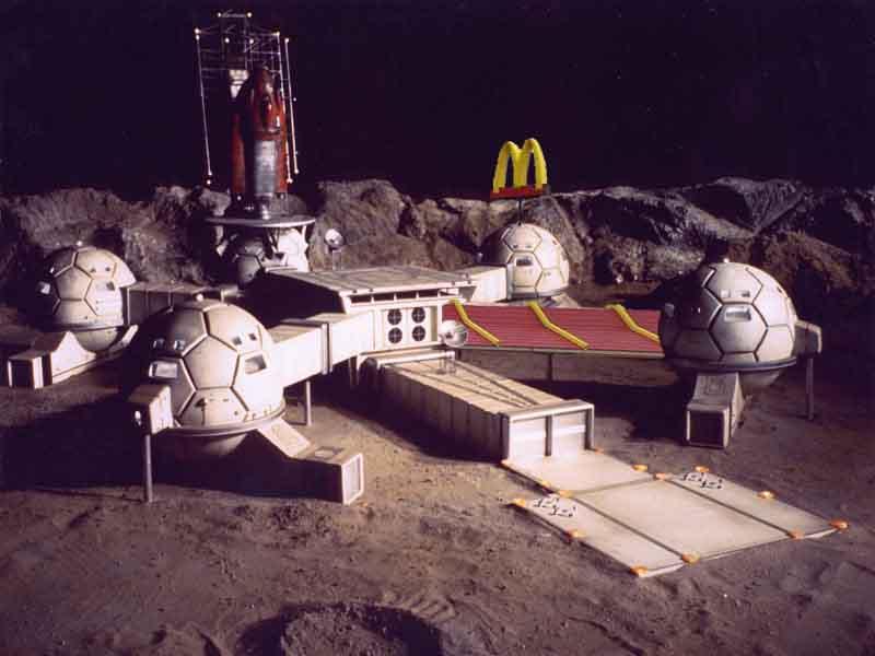 Moon colonization is bad