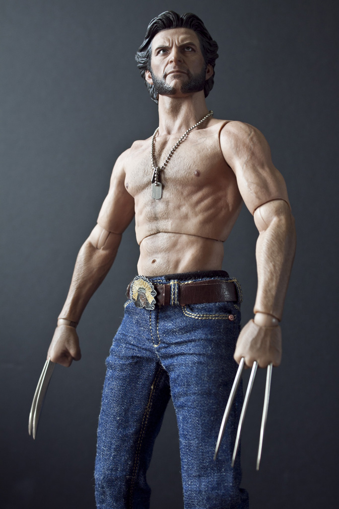 The Claws Are Made From Metal Im Pleased Hot Toys Decided To Do This And Not Go Cheap Route Body They Developed For Wolverine