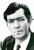 smoking Julio fumante