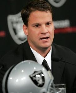 Raiders Owner Al Davis Treating Head Coach Lane Kiffin Like Turd