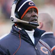 Rumor: Chicago Bears NFC Champion Head Coach Lovie Smith Offered Just $3.2 million - Profootballtalk.com