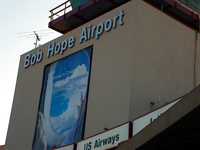 [Bobe+Hope+air+port]