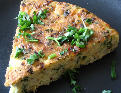 Indian-Style Fried Egg and Potato Cake (Aloo Omlate)