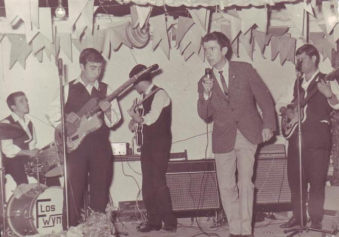Cantando con Los Fwyns-1965