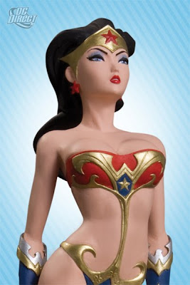 Ame-Comi Wonder Woman v2 close-up