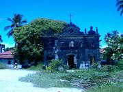 velha igreja em ruínas