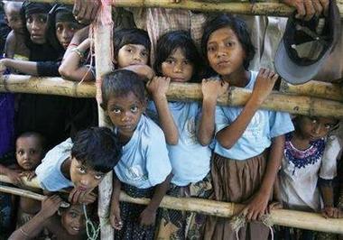 [refugee_children_renamed_myanmar.jpe]